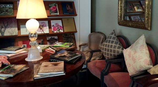 クラシックなソファは部屋にどう合わせればいい?
