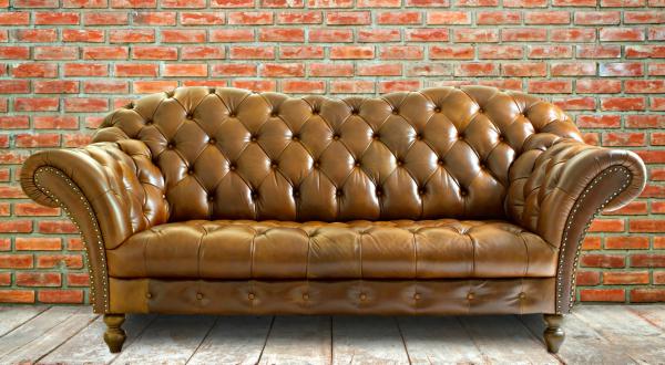 チェスターフィールドソファは部屋にどう合わせればいい?